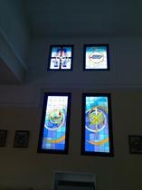 piccole finestre in alto : 1 salute degli infermi - 2 regina del santo rosario
